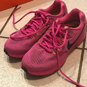 Nike Women's All Out Low Running Shoes